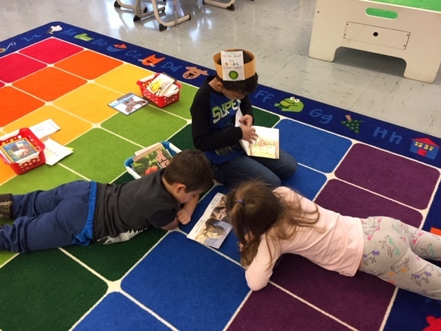 HDES Kindergarten readers!