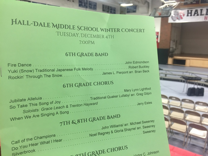 Middle School concert begins at 7:00 tonight